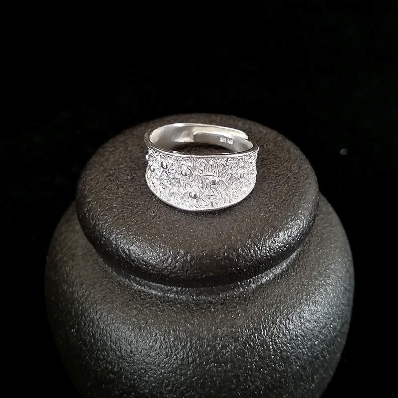 Vintage Antique 999 Sterling Silver Rings For Women Engagement Ring Wedding Handmade Luxury Jewelry Boho Ethnic Miao Silver in Engagement Rings from Jewelry Accessories