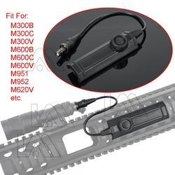 Taktyczna podwójna funkcja przełącznik taśmy broń światła latarka zdalny przełącznik ciśnienia dla Airsoft światła M300 M600 M951 M952 w Oświetlenie na broń od Sport i rozrywka na