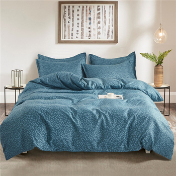 Luxury All-season Bed Cover Set