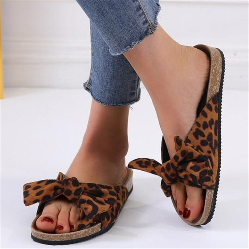 2020 New Ladies Beach Slippers Bow-knot Thick Bottom Sandals Leopard Pattern Outdoor Slippers Word Shoes Woman Zapatos De Mujer