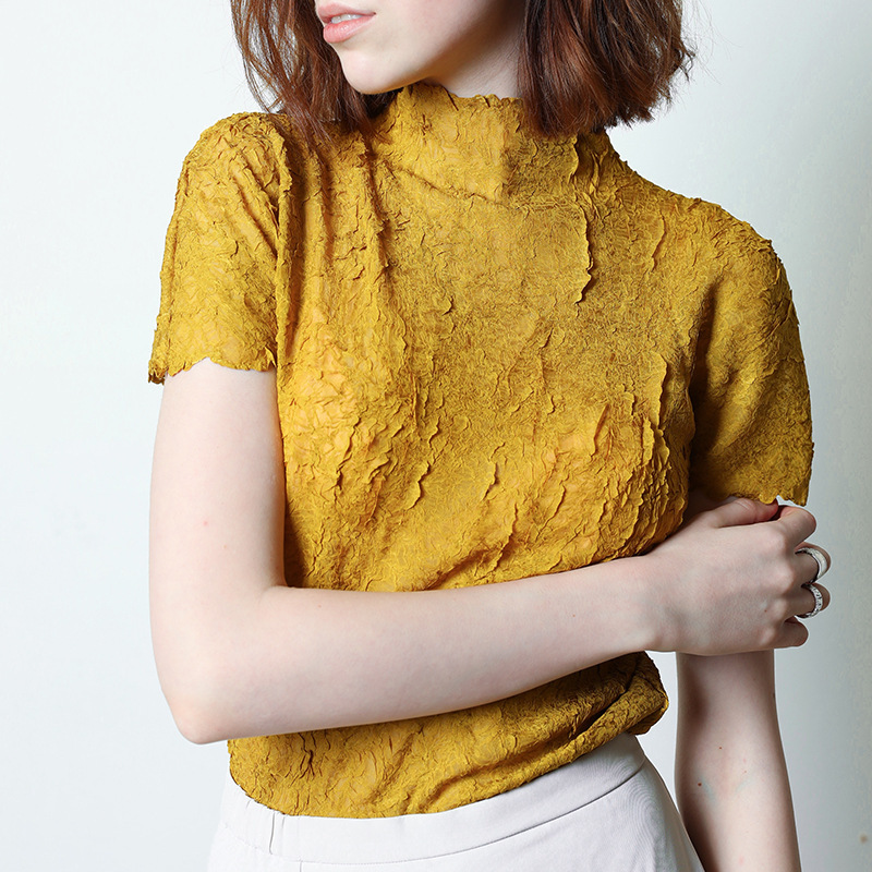 LANMREM 2020 New Spring Turtleneck Short Sleeve Solid Color Pleated T-shirt Women Vintage Slim Temperament Office Tops PD792