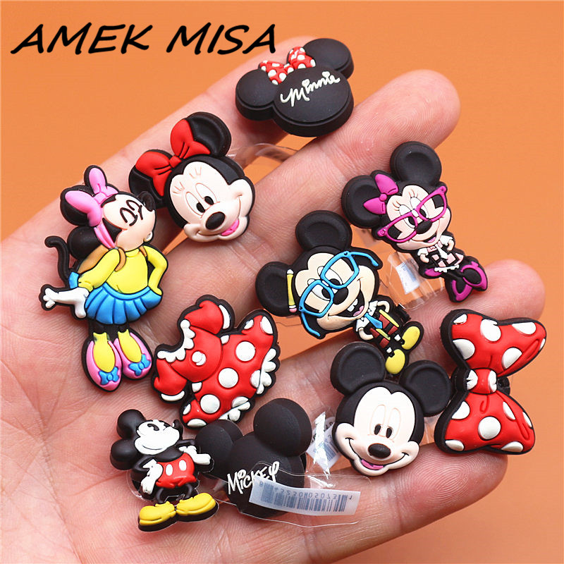 1pcs Cartoon High Imitation Shoe Charms Mickey And Minnie Buckle Decorations Garden Shoe Accessories Fit For Croc JIBZ Kids Gift