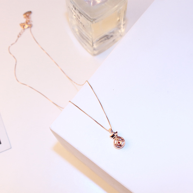 2019 New Money Bag Stack Hollow Out Cash Pendant Necklace Chain Charm Rose Gold Color Pendant Cubic Zircon Jewelry For Women
