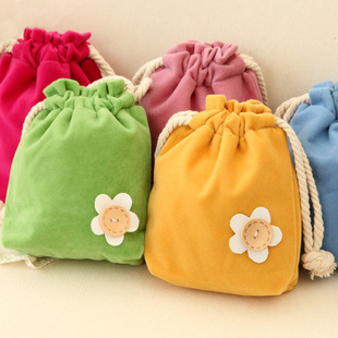 NoEnName-Null 1PC Lovely Flower Pull-out Beam Pocket Candy Color Storage Bag Change Key Package String Drawstring Bag Tote