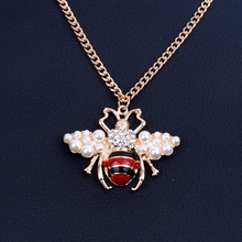 Fashion Women Bee Pearl Crystal Necklace Gold Jewelry Clothing Accessories Chain Alloy Non-oxidizing Necklace 2019 New Necklace