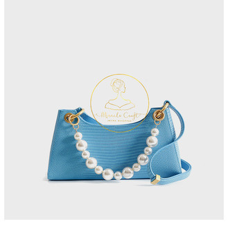 2020 New Fashion Lady Pearl Chain Genuine Cowhide with Lizards Texture Baguette Purse Real Cow Leather Special Design Party Bag