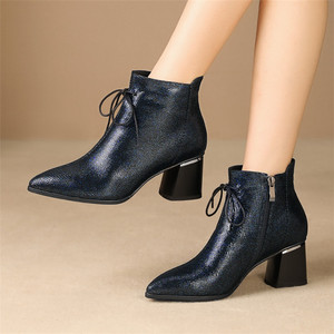 Image 5 - FEDONAS Big Size Women Shoes Genuine Leather Women Ankle Boots Warm Autumn Winter Short Boots New Side Zipper Casual Shoes Woman