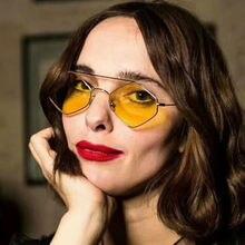 Женские солнцезащитные очки с металлическим ромбовидным покрытием