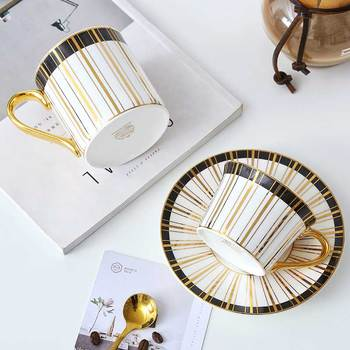Nordic SimpleLuxury Coffee Cup Mug Creative Bone China Mugs Coffee Cups with Lid and Spoon Funny Mugs Tazas Drinkware BB50