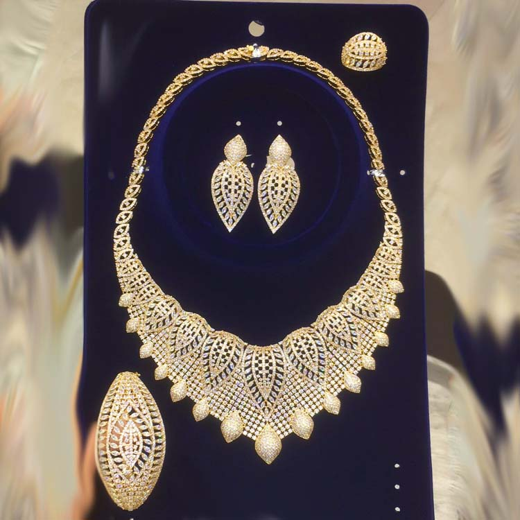 Dazz New Luxury Nigeria Leaf Necklace Jewelry Set Women Wedding Party Cubic Zircon Dubai Gold Color Bridal Jewelry Set Gift 2019