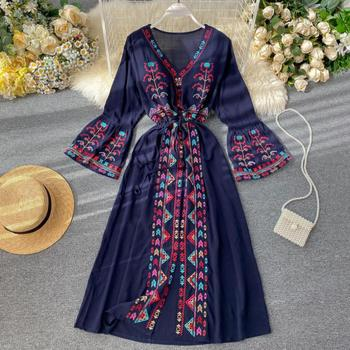 Elegant Dress National Style Embroidery Temperament Collect Waist Show Thin Beach Style Vestidos Solid Color Plus Size Dress 2