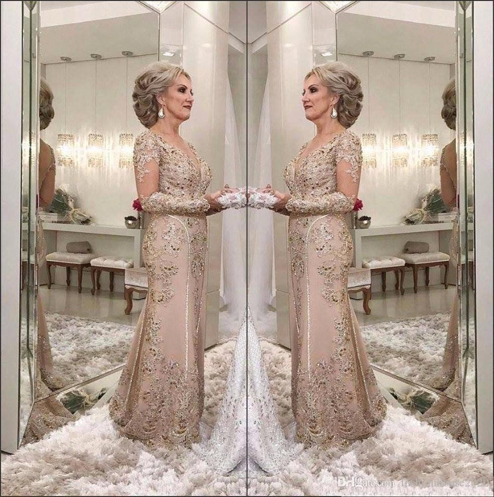 2020 Luxury Mother Of The Bride Dresses V Neck Long Sleeves Crystal Beaded Mermaid Lace Applique Plus Party Evening Weddings