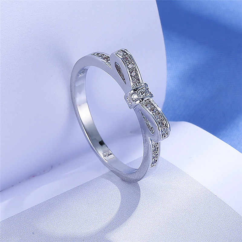 Butterfly Fashion Rings Jewelry Wedding Rings Clear Silver Color European Women Rings Sparkling Bow Knot Ring