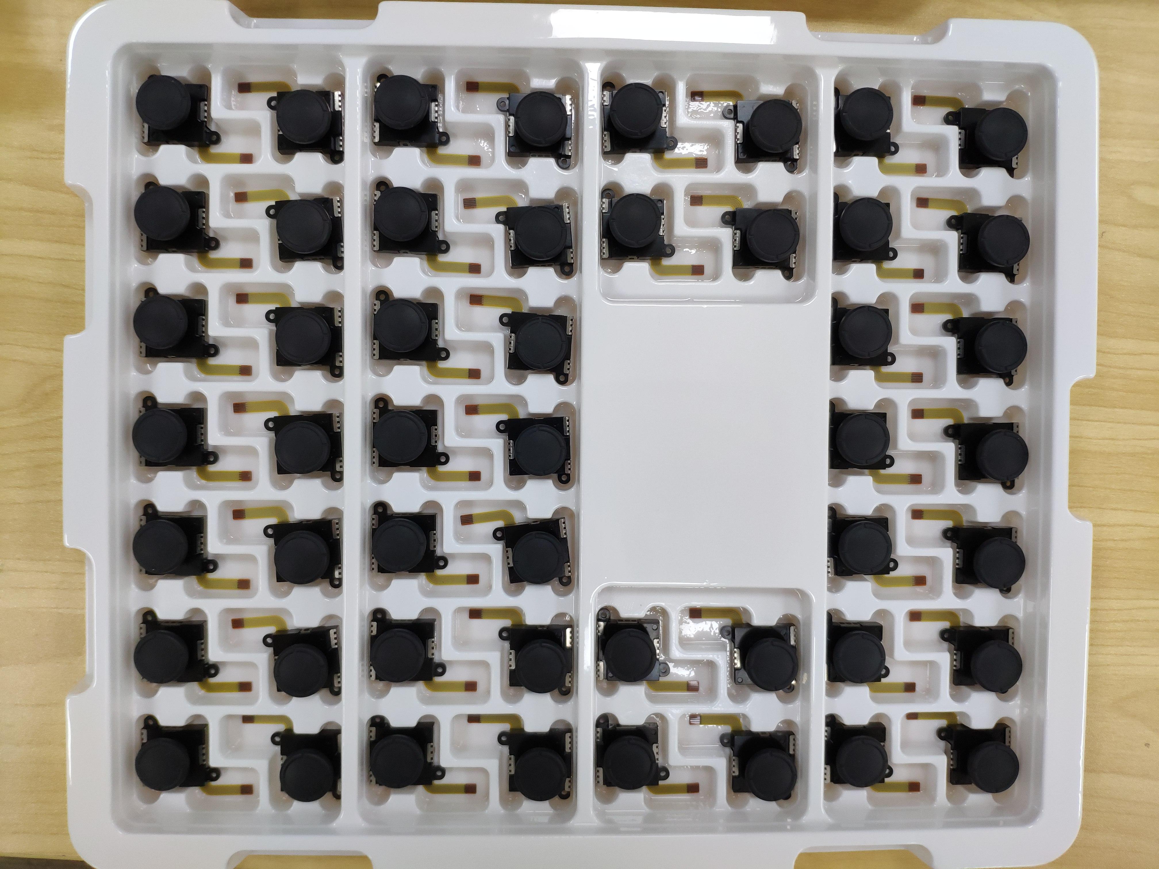 100 stks/partij Hoge Kwaliteit Nieuwe Voor Nintend Schakelaar NS Vreugde Con Controller 3D Analoge Joystick Thumb Stick Joystick Sensor module-in Joysticks van Consumentenelektronica op  Groep 1