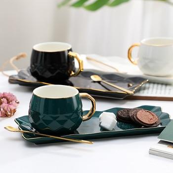 Taza de regalo de ocio con cuchara, juego de tazas y platillos de tres piezas, Taza de Café de Cerámica negro, europeo moderno