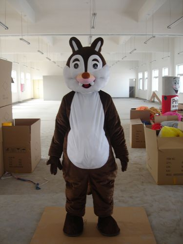Classic Version white face Chipmunk Mascot Costume Adult Halloween Birthday party cartoon Apparel Cosplay Costumes