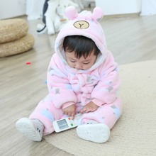 купить Newborn Baby Romper 2019 Winter Infant Jumpsuit Thick Warm Baby Boy Girl Clothes Flannel Cartoon Print Hoodie Rompers 3-12M онлайн