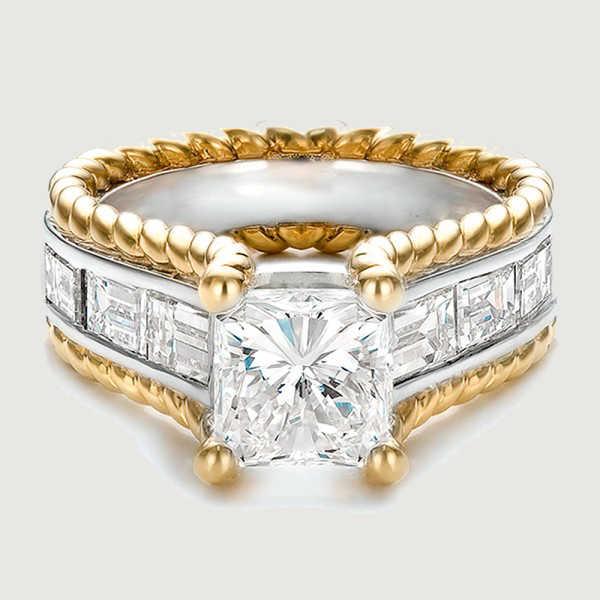 2017 โปรโมชั่นใหม่สีทองขนาดใหญ่รูปไข่ 5CT สแควร์รูป CLEAR Cubic Zirconia แหวนนิ้วมือสำหรับผู้หญิง