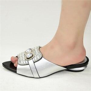 Image 4 - Nowe mody luksusowe buty damskie projektanci nigeryjska na imprezę pompy ślubne niskie obcasy Plus Size sandały damskie na obcasie Slip on Shoes