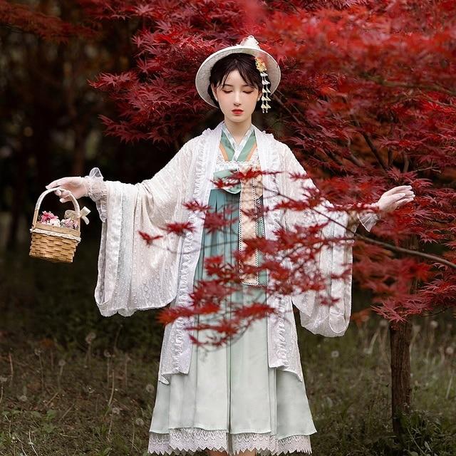 Фото японское платье лолиты кружевное с бантом и высокой талией +
