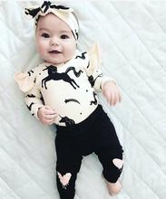 Dziewczynek odzież 3 sztuk nadruk z jednorożcem z długim rękawem pajacyki + spodnie + z pałąkiem na głowę stroje zestaw jesień noworodka ubrania dla dzieci tanie i dobre opinie EGHUNOOY COTTON W wieku 0-6m 7-12m 13-24m CN (pochodzenie) Kobiet Moda O-neck Przycisk zadaszone Pełna REGULAR Pasuje prawda na wymiar weź swój normalny rozmiar