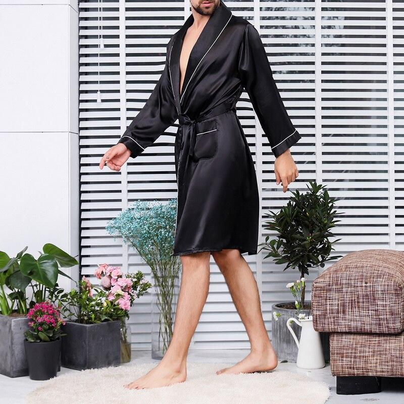 2019 Summer Men's Bathrobe Printed Pajama Silk Robe Men's V-neck Thin Nightgown Soft Satin Bathrobe Long-sleeved Large Size Robe