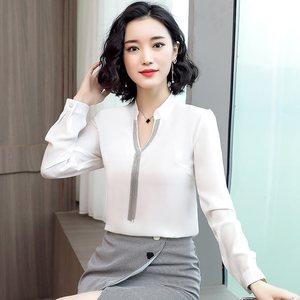 Image 4 - 2019 printemps nouvelle chemise en mousseline de soie femmes mode col en V à manches longues mince tempérament blouses bureau dames travail hauts