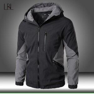 2020 New Autumn Winter Hooded Zipper Jacket Men Streetwear Bomber Jacket Windbreaker Mens Sportswear Coat Slim Fit Pilot Outwear