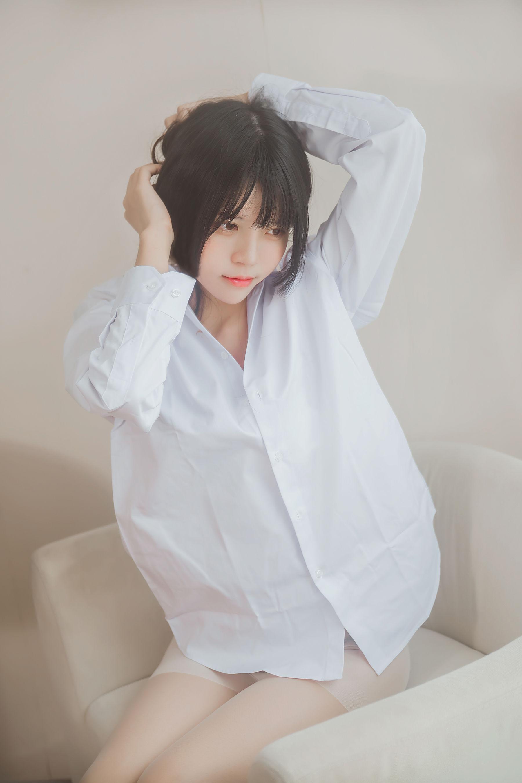 福利美图 桜桃未熟-白衬衫散发