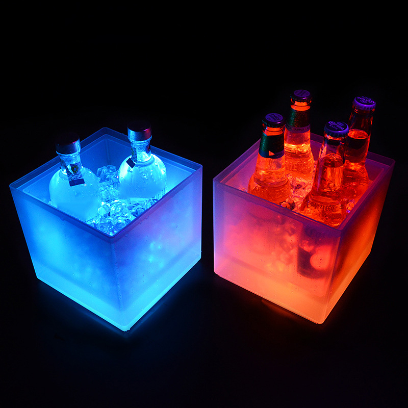 LED Ice Bucket Colorful Double Layer Square Bar Beer Ice Bucket Multi-Color Changing Durable Ice Wine Bucket 5L For Bar 66CY