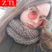 ZT Fashion Hollow Out Metal Frame Women Cat Eye Sunglasses Retro Ladies Candy Color Tinted Lens Glasses UV400