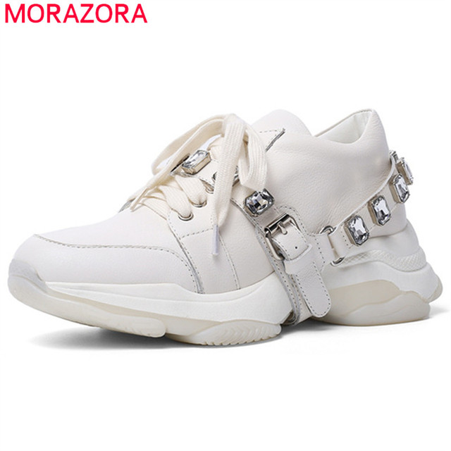 Morazora 2020 最新のカジュアルシューズ女性スニーカークリスタルレースアップ本革シューズ快適なフラット厚底靴の女性