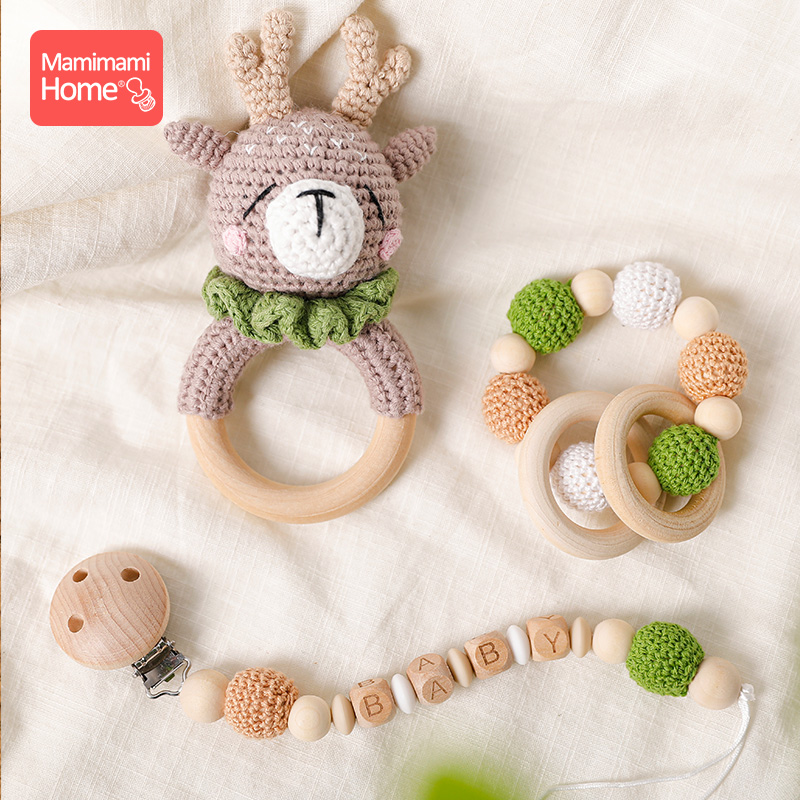 1Pc Baby Wooden Rattles Crochet Giraffe Music Bell Baby Personalized Pacifier Chain Clip Teething Bracelets Rodent Newborn Gift