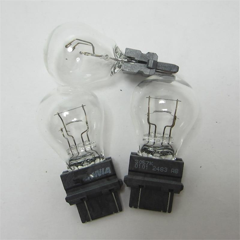 Fits Toyota Avensis T25 2.4 White 12-SMD LED COB 12v Number Plate Light Bulb