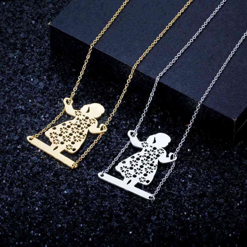 100% נירוסטה מתנדנד ילדה אופנה שרשרת לנשים נקבה טרנדי תכשיטים סיטונאי ייחודי עיצוב תליון שרשראות