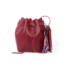 цены 2019 New Women Bag Bucket Bag Fashion Handbag Drawstring Shoulder Bag Casual Messenger Crossbody Bags Large Capacity Women Bags