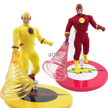 цена на 18cm MEZCO DC COMICS The Flash Figure 1/12 Scale PVC Action Figure Red Yellow The Flash Collectible Model Toys