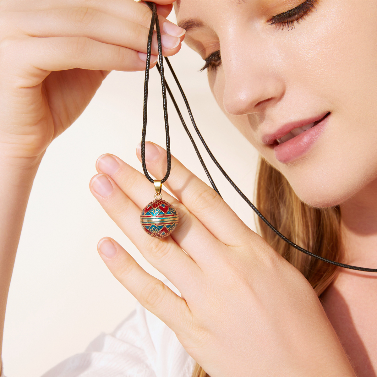 Moonstone Labradorite harmony Ball Mexican Bola Chiming Pendant With stone both sides Chime Ball Angel Caller Musical Pendant Pregnancy Gift