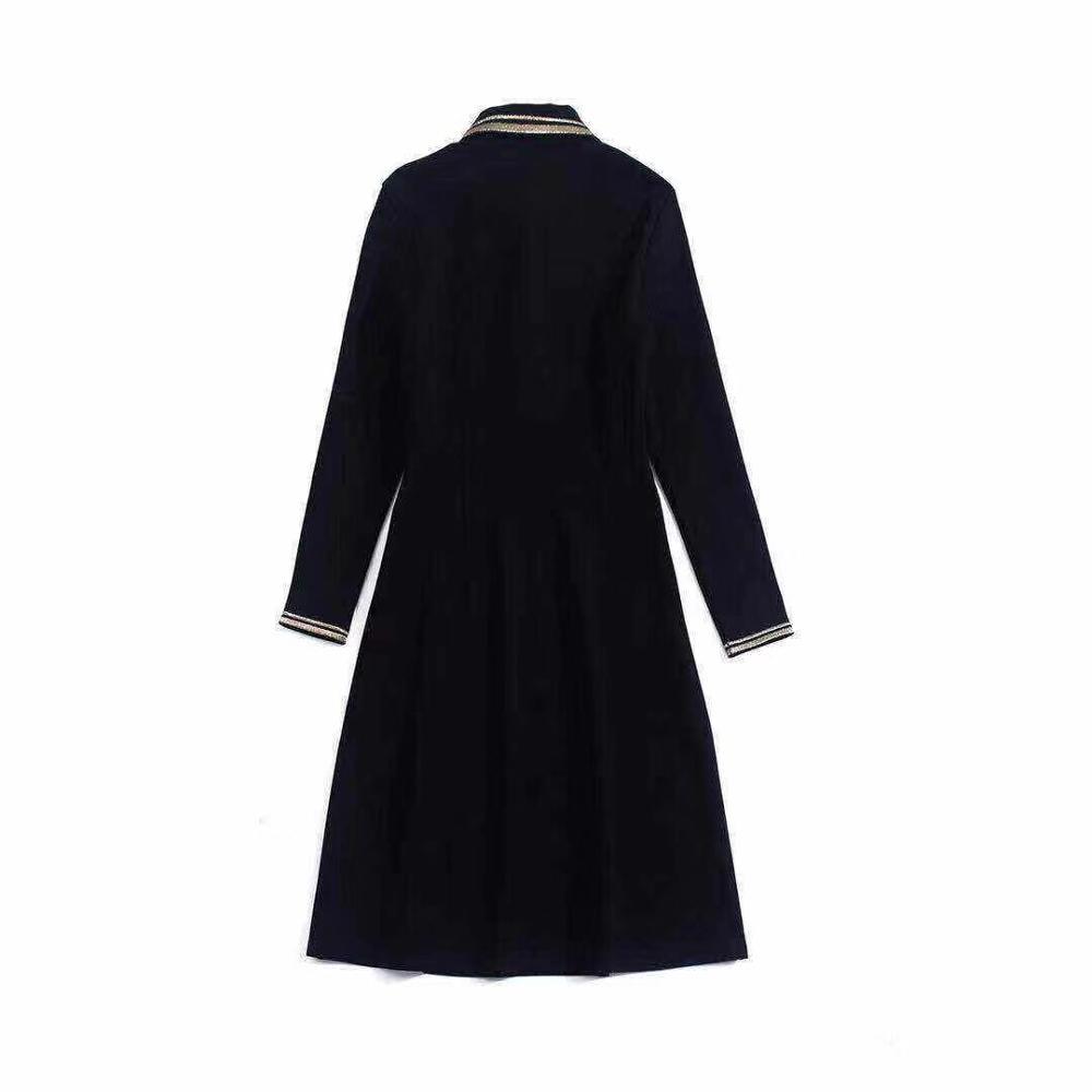 Primavera 2020 para las mujeres europeas y americanas desgaste del bordado de manga larga solapa vestido negro de moda - 2