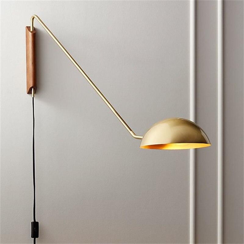 Купить скандинавский настенный светильник из латуни простой современный