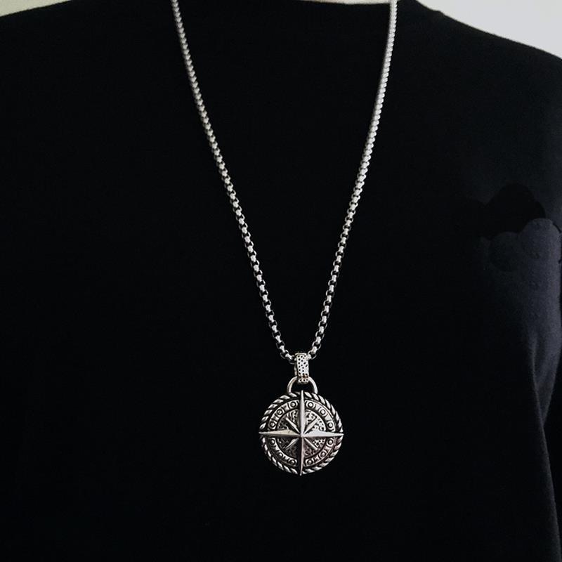 2021 Модный Круглый Подвеска с компасом для мужчин на цепочке венецианского плетения темперамент нержавеющая сталь подойдет в качестве подарка как для мужчин, так и для подарка ювелирных изделий|Ожерелья с подвеской|   | АлиЭкспресс