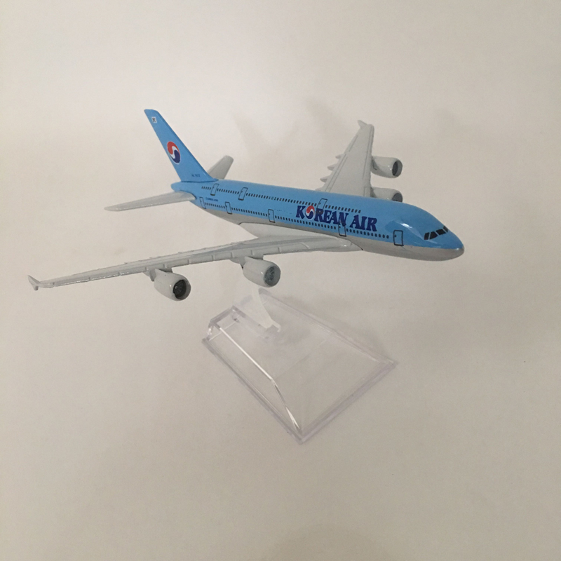 Image 3 - 16cm Model Plane Airplane Model Korean Air Airbus a380 Aircraft Model Diecast Metal Airplanes 1:400 Plane Toy Gift-in Diecasts & Toy Vehicles from Toys & Hobbies