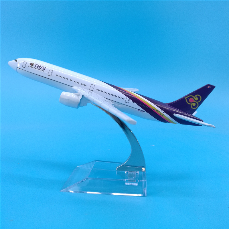 16cm Thai Airways <font><b>Boeing</b></font> <font><b>777</b></font> Metal Plane Model Thai Airways B777 Gift Decoration Collection Thailand Airlines Scale Models Toys image