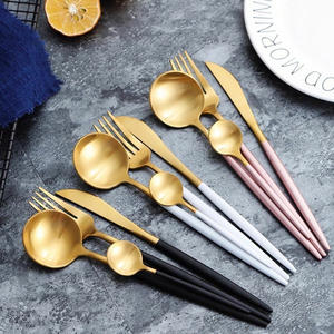 4pcs luxury stainless steel cutlery set Design dinnerware set tableware set Flatware Gold pink black white
