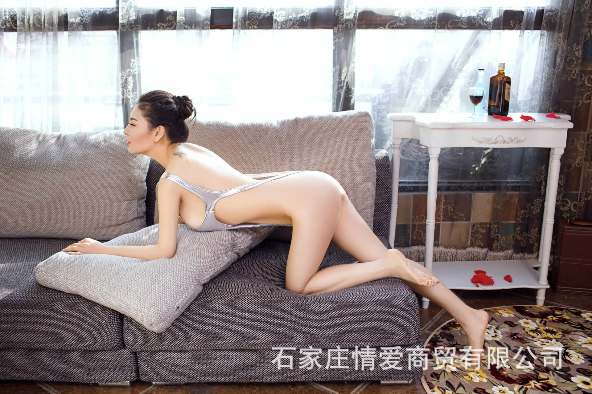 Neue Sexy Frauen Ein Stück PU Leder Body Latex Catsuit Erotische Trikot Kostüme Wetlook Sleeveless High Cut Body Bademode