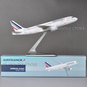 Image 2 - 1:200 בקנה מידה מטוסי דגם צעצוע אוויר אוטובוס A320 אוויר צרפת מטוס מטוס העתק מיניאטורי אוסף