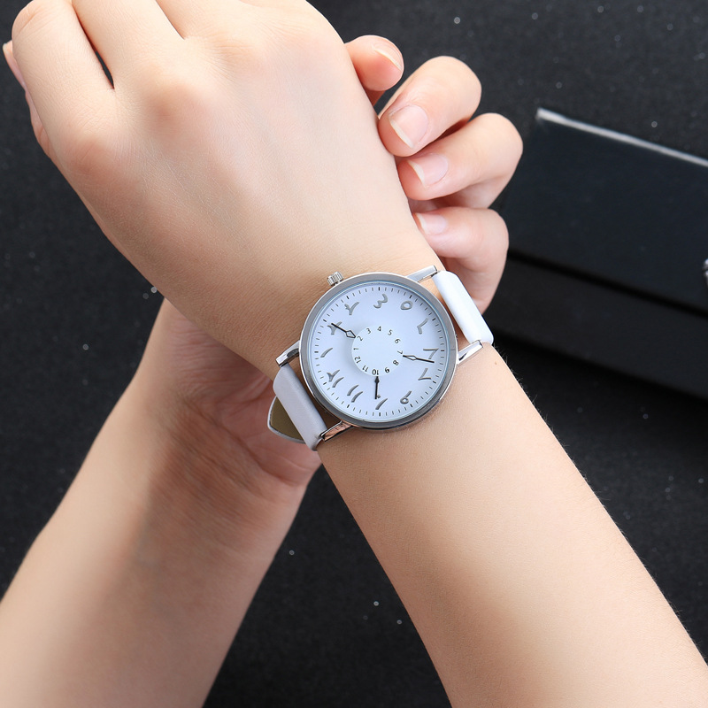 New Style Creative Casual Muslim Arab with Numbers Watch Foreign Trade Hot Sales Couples Leather Belt Fashion Watch Students