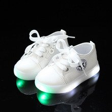Lace up Unisex canvas lighted children casual sneakers All season LED kids shoes solid stars baby girls boys