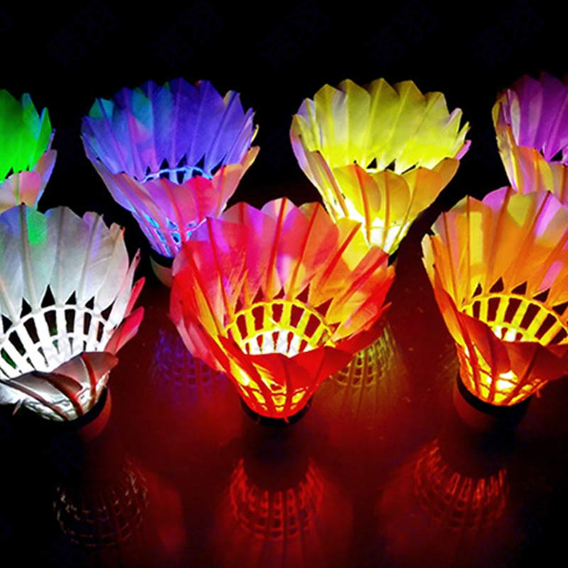 Купить с кэшбэком 5PCS Colorful LED Luminous Goose Feather Badminton Dark Night Glow Lighting For Indoor Outdoor Sports Activities