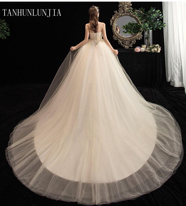 2020 White Vestido De Noiva  NEW Designer Ball Gown Bridal Gowns Robe De Mariage Lace Up Strapless Wedding Dresses